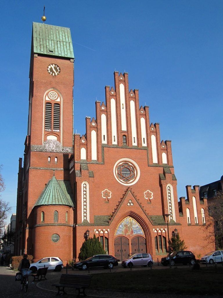 Christophorus Kirche Wolkersdorf