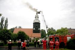 Flammen schlugen aus dem Jetscher Kirchturm