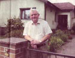 Manfred Gaetke lebt seit 31 Jahren in Keller